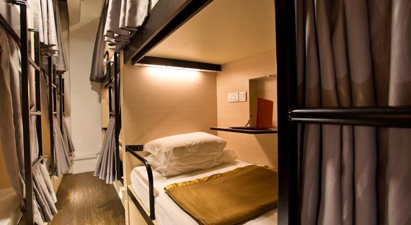 7 Wonders Hostel_SG 2