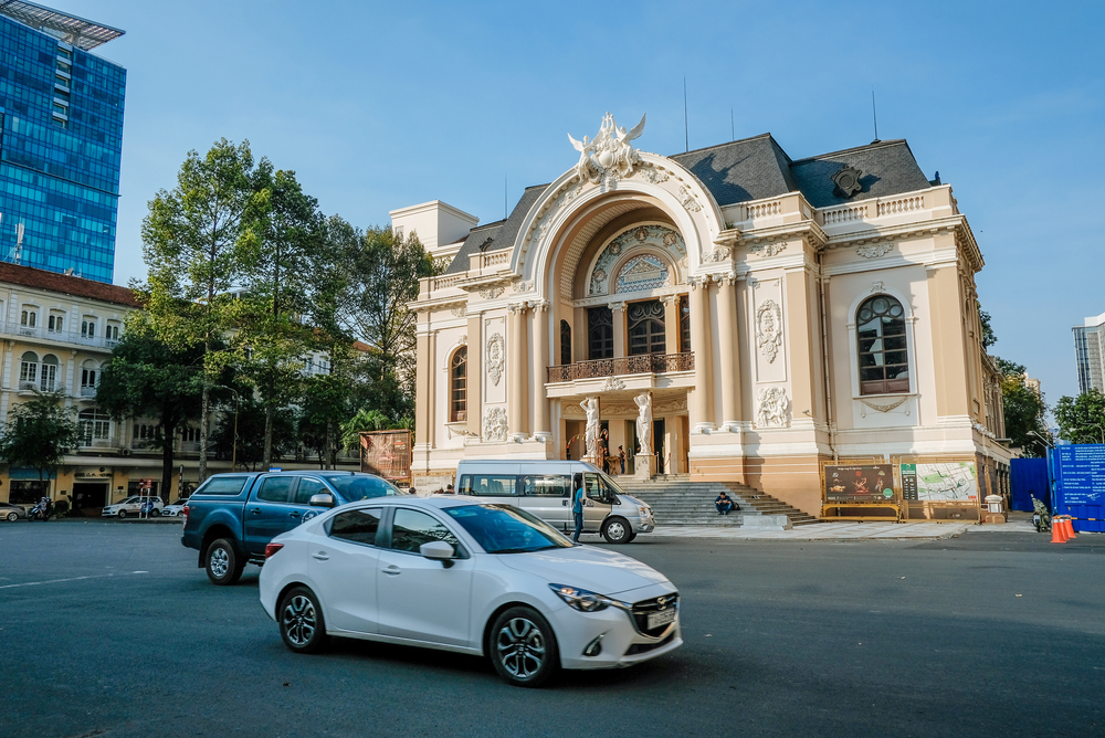 Saigon Opera House & The Continental 2